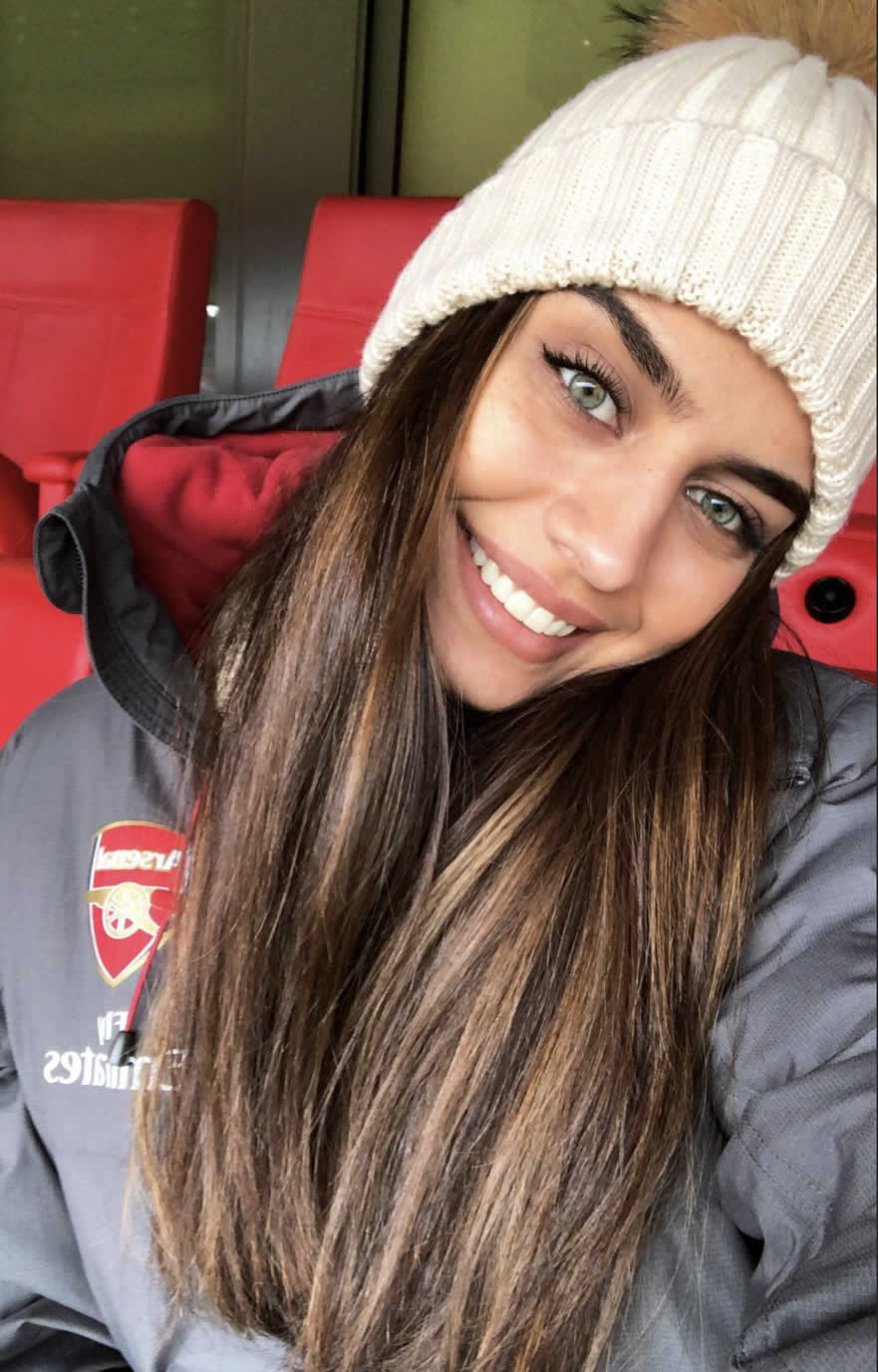 Mesut Ozil girlfriend