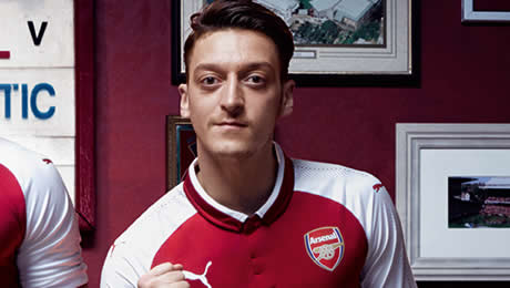 Watch: Mesut Ozil sends fitness update to Arsenal fans ahead of West Brom clash