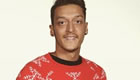 Photo: Mesut Ozil dons Christmas jumper, demands Arsenal fans do the same