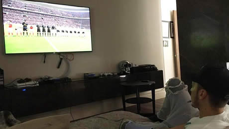 Photo: What Mesut Ozil did at home after Liverpool disappointment