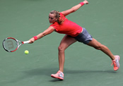 WTA Finals 2014: Petra Kvitova gains revenge over Maria Sharapova