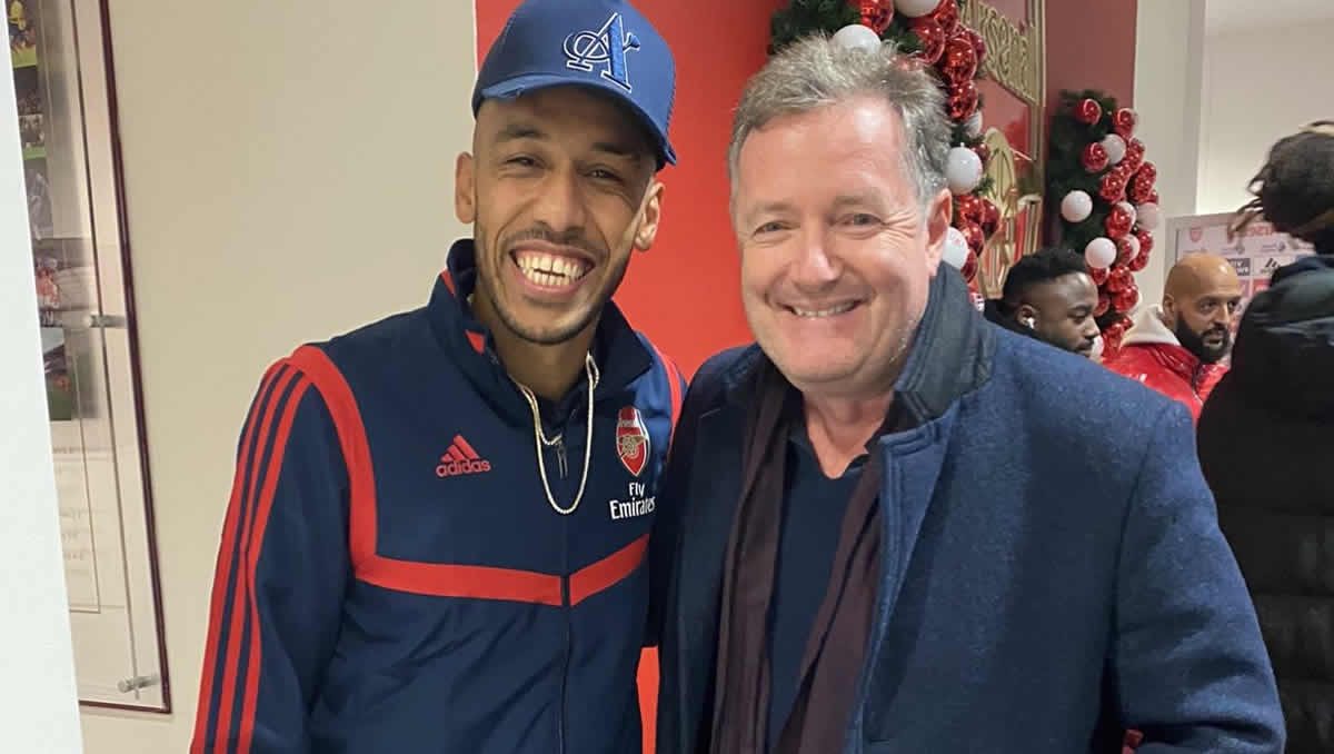 Pierre-Emerick Aubameyang and Piers Morgan (Photo: Piers Morgan / Twitter)