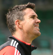 Kevin Pietersen: I'd love to play for England again