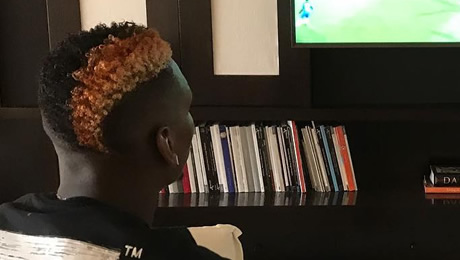 Photo: Paul Pogba shows Man United fans what he's up to ahead of injury return