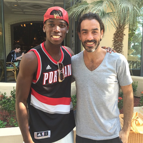 Photo robert pires chills with arsenal target paul pogba football