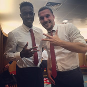 Photo: Arsenal's Podolski posts dressing-room picture with Welbeck