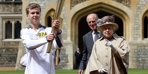 queen olympic torch relay