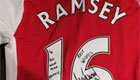 Ramsey sends signed shirt to former Arsenal star