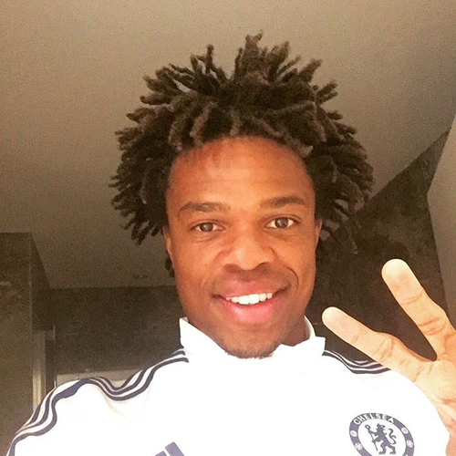 Photo chelsea striker loic remy all smiles ahead of arsenal showdown