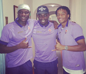Photo: Fiorentina defender Micah Richards poses with Arsenal target