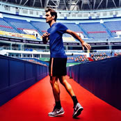 Federer warms up for Shanghai Masters
