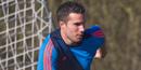 Arsenal determined to keep Robin van Persie, says Peter Hill-Wood