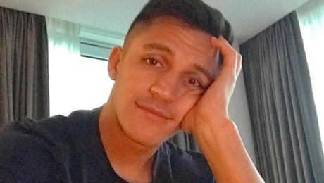 Man United players unhappy with Alexis Sanchez's work rate – report