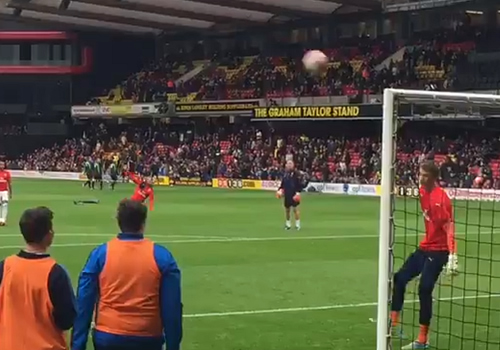 alexis sanchez warm-up goal