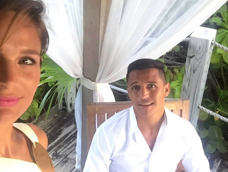 Alexis Sanchez and his girlfriend Mayte Rodriguez
