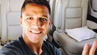 Photo: Arsenal star Alexis Sanchez all smiles in private jet
