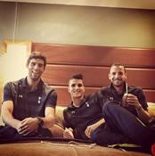 Photo: Tottenham trio relax in hotel before Man City showdown