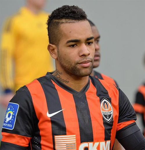 alex teixeira latest