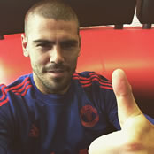Valdes out to prove a point at Man Utd