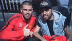 Valdes poses with Man Utd coach
