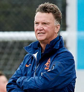 Man Utd transfers: Louis van Gaal relaxed about potential signings