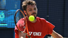 VIDEO: Wawrinka swaps tennis for baseball