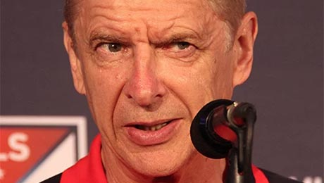 Gary Lineker sends message to Arsenal supporters about Arsene Wenger