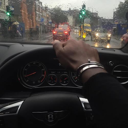 Bentley Club Azerbaijan Bentleyclubbaku On Instagram: Photo: Chelsea Star Gets Stuck In London Traffic In His