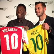 Wilshere swaps shirts with Pele